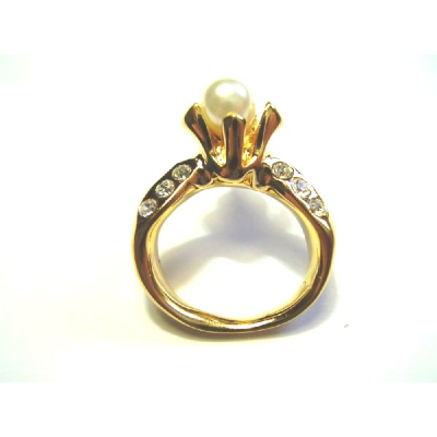 HILCO Spectacle Danglers~ Gold / Pearl Ring